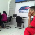 Cek Resi JNE Padang Dengan Aplikasi Android
