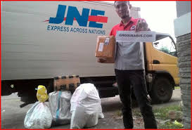 Arti With Delivery Courier Saat Cek Resi