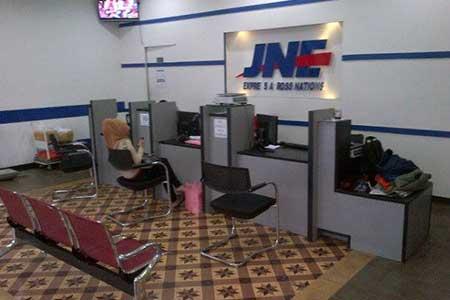 Cara Ambil Paket JNE Surabaya Plus Alamat Agen